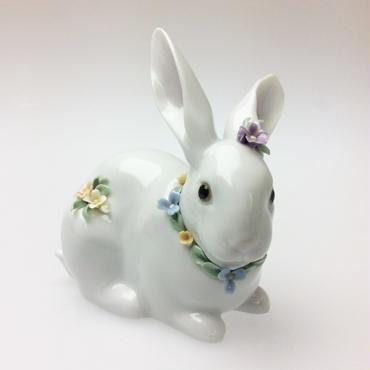 【リヤドロ】花飾りの白兎(2) 6098