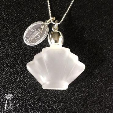 フランスアンティークメダイと香水瓶のネックレス -White-