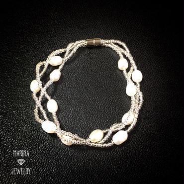 小雪パールのブレスレット -white-