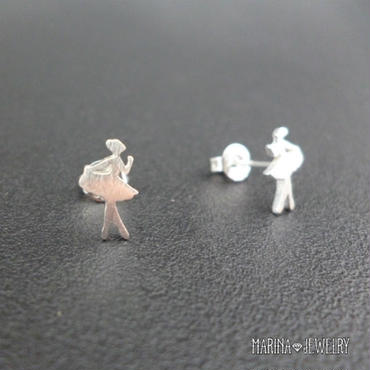 バレリーナのピアス ballerina