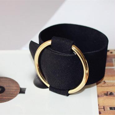 round  metal  bangle