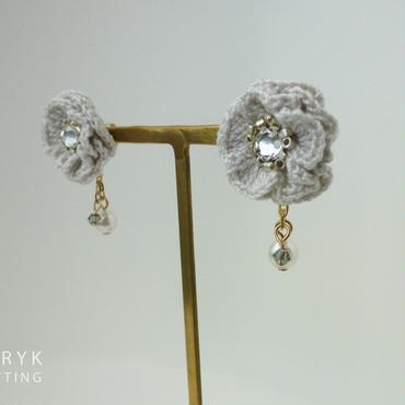 Glitter Flower II & swing(グレー)イヤリング/ピアス *105
