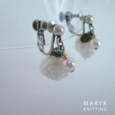 白いバラとパールのイヤリング *019