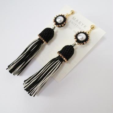 タッセルドレスを着たパール(黒) イヤリング/ピアス *159 送料込