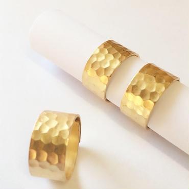 イタリア職人ワイドゴールドリング:Hammered Gold Wide Ring from Italy