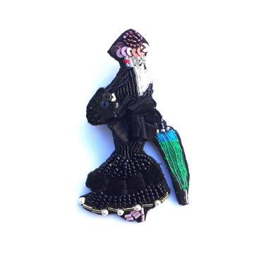 見返りマダム | ビーズブローチ hand made beads brooch