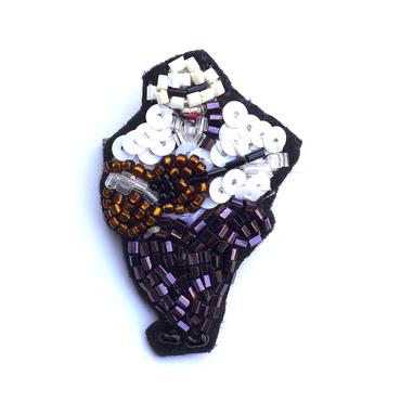 カルメンの店のギター弾き   a guitarist | ビーズブローチ hand made beads brooch