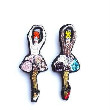 ピンキーバレリーナ a ballet dancer | ビーズブローチ hand made beads brooch