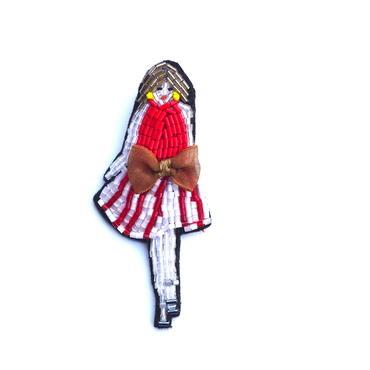 夏の赤い服 red dress  | ビーズブローチ hand made beads brooch