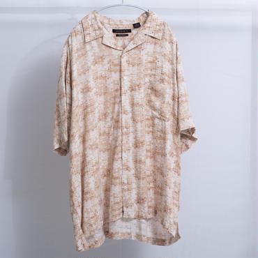 シルクタッチオープンカラーシャツ