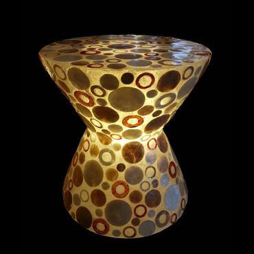 シェルスツール/テーブルランプ Ring Dotes
