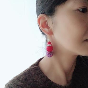 【色2種類】苺ぼうやのポンポンピアス(片耳)