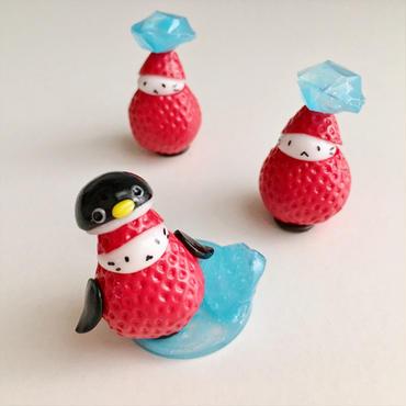 氷の島のペンギン苺ぼうや
