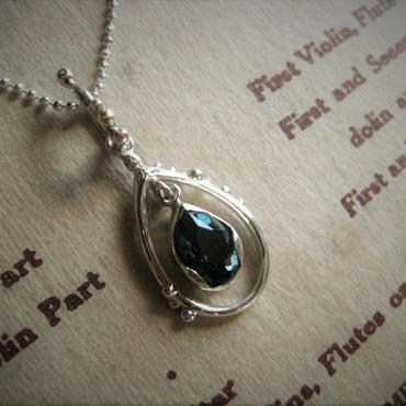 Only One! Soul drops Necklace