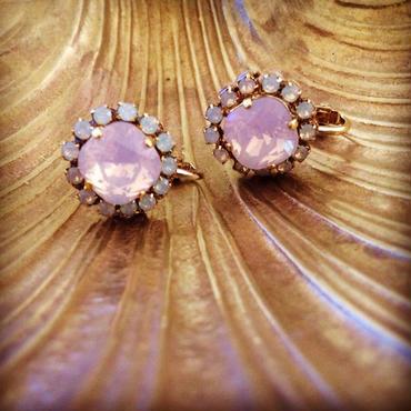 baby pink bijou earrings...❤︎