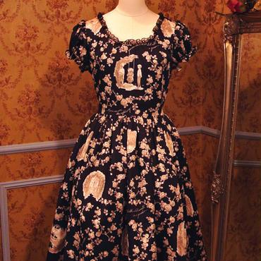 シークレットガーデンパフスリーブサマードレス-ブラックバッカラ