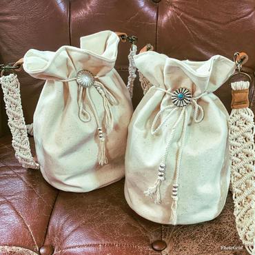 手編みマクラメショルダーバッグ