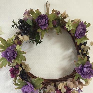 紫陽花と木の実のリース