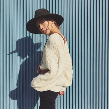 CABLE KNIT TOP(ベルト付き)