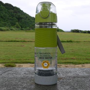 """これは画期的!まだ市場に出回っていない先取り製品!携帯に便利!知人が開発した話題の""""高濃度水素水""""が作れる生成ボトル☆ 水を入れておくだけで高濃度水素水を常時作り続けてくれます♪"""