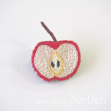 【DenDen】ブローチ◆りんご◆断面シリーズ【C05-017】