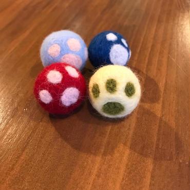 にゃんこのフェルトボール(1個)