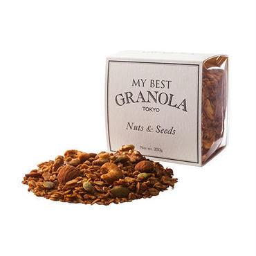 Nuts & Seeds(ナッツ&シーズ グラノーラ)