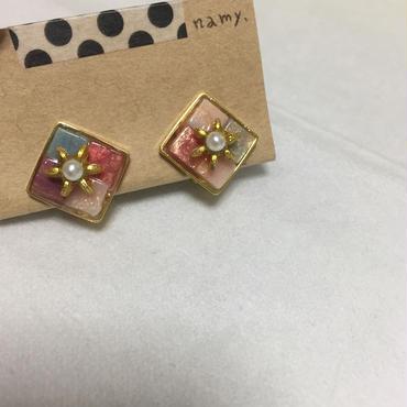 ミニスクエアmixタイル ピンク イヤリング