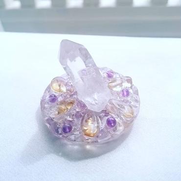 小さなお守り水晶と浄化トレイ