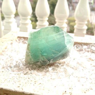 フローライト 原石      「癒しと浄化」