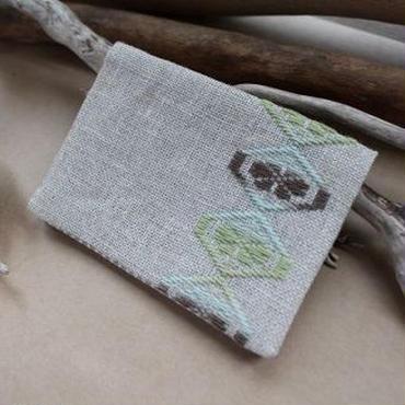 菱刺し名刺入れ・梅の花(緑×茶)