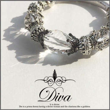 Diva 大粒ツイストファセットカット水晶もパワーストーンブレスレット