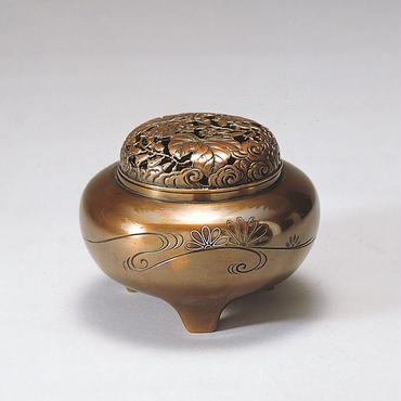 052-08 香炉 平丸型(菊水銀象嵌入)