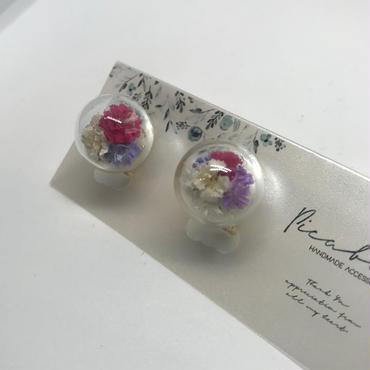 【picabuu】イヤリング/ガラスドーム(かすみ草)②