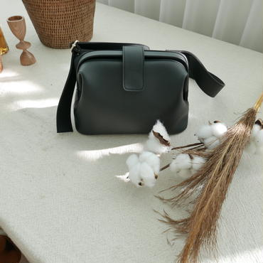 【予約商品】black mouth bag