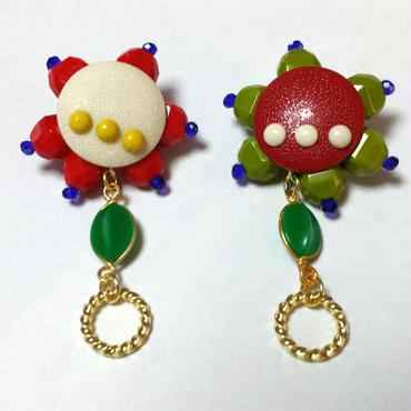 【SALE 20% OFF】レトロヴィンテージボタン☆赤×白ドットピアス
