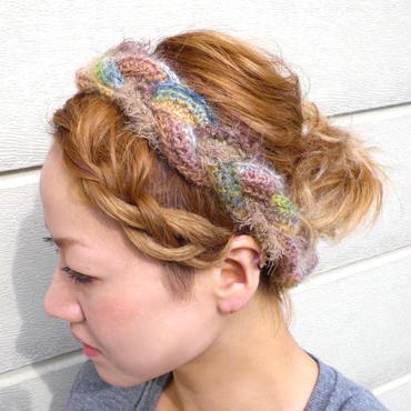 三つ編みヘアバンド