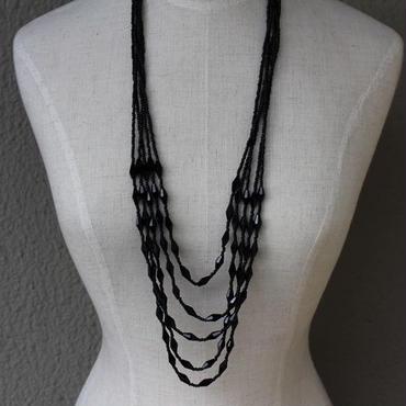 ビーズ5連ネックレス(ブラック)