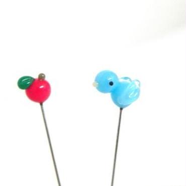 【gemma】まち針2本セット とり・水色&りんご