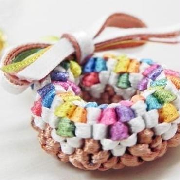 【AuroraDrop】カラフルチョコドーナツのスマホピアス ホワイト M6-R010