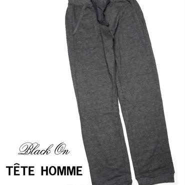 ストレッチ素材の裏毛スウェット|新品|Black on TETE HOMME(テットオム)|ジョガースウェットパンツ(ダークグレー)|ウエスト:66〜74cm相当 [000020150709]