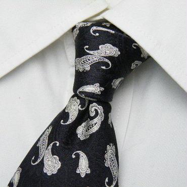 織り目の綺麗なペイズリー柄【JILL&MORTON】ブラックグレー系総柄ネクタイ【USED】1221