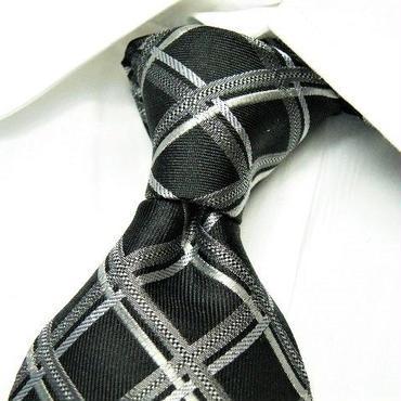 ダーク系スーツに◎| MICHIKO LONDON(ミチコロンドンコシノ)クロスストライプ柄 ネクタイ| 日本製|黒 × シルバー系|USED|シルク100%|