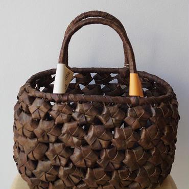 【バッグ】花編みのくるみかごバッグ