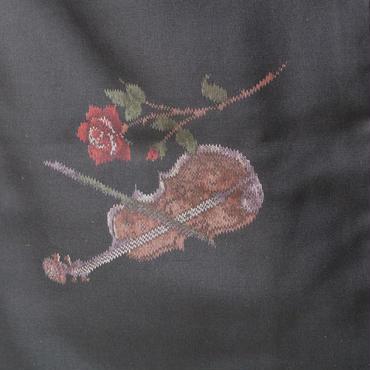 【袷】薔薇とヴァイオリン 黒色紬