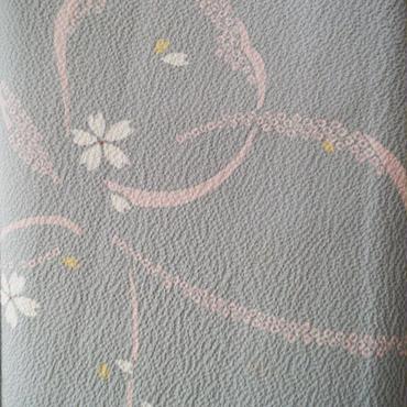 【袷】蝶のシルエットと桜花の小紋
