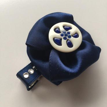 欧州ボタン ヘアクリップ