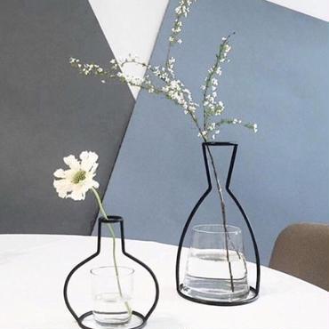 ワイヤー花瓶オブジェ