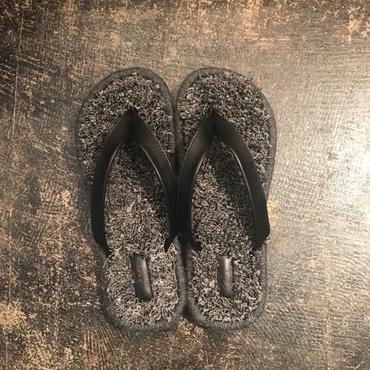 TREADs  Rug Sandal - COLORS /GREY  (size 5 / 28cm)