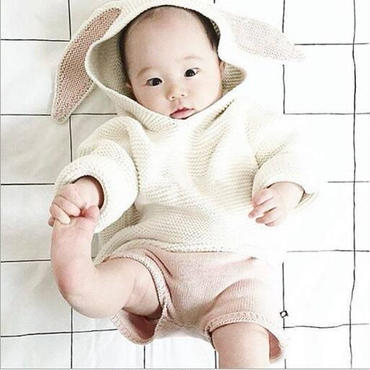 うさぎニットセーター